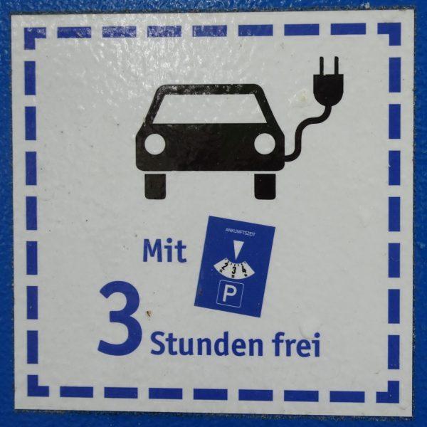 Im Ruhrgebiet parken Elektrofahrzeuge kostenlos